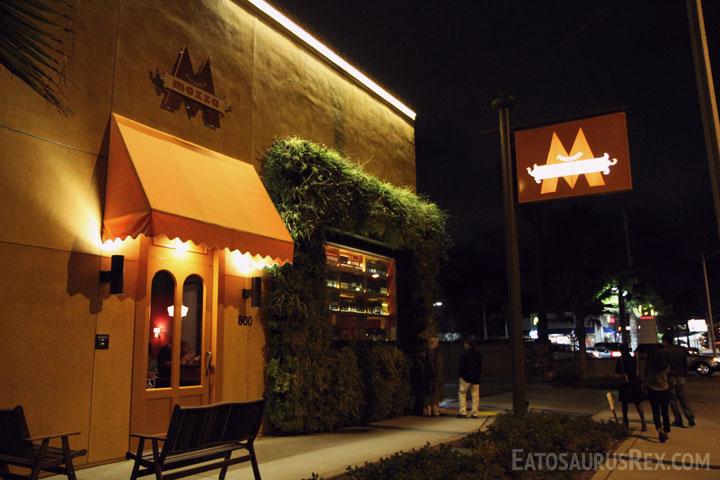 pizzeria-mozza-storefront.jpg