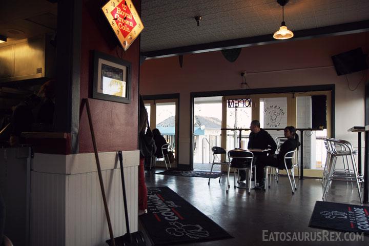 peters-gourmade-interior.jpg