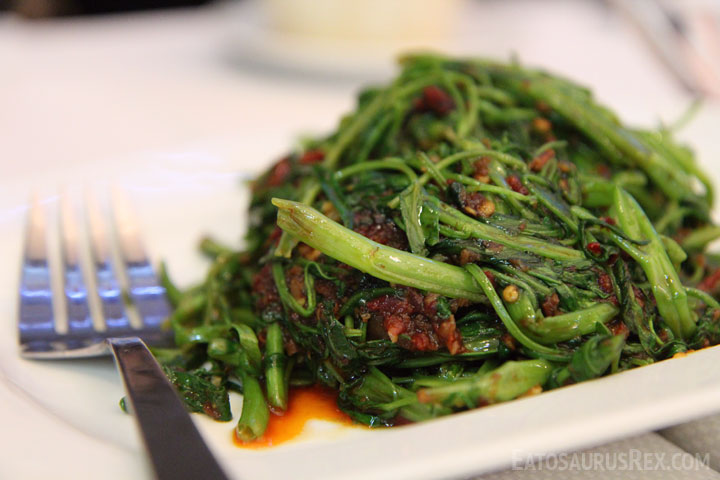 jumbo-seafood-greens.jpg