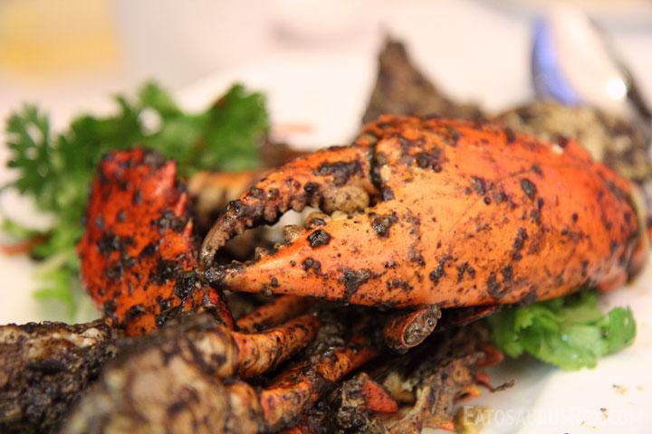 jumbo-seafood-pepper-crab.jpg