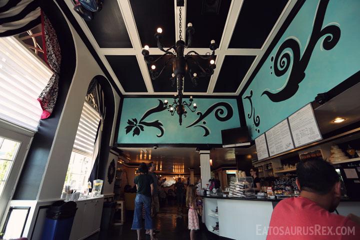 queens-bakery-interior.jpg