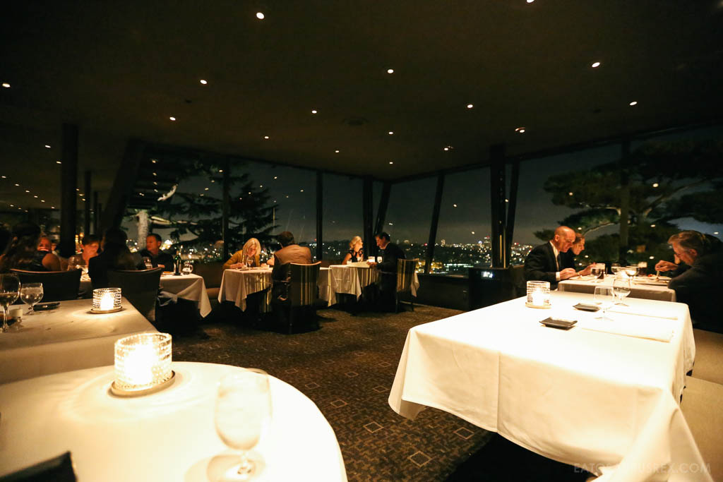 20131025_canlis-seattle_6611_dining-room