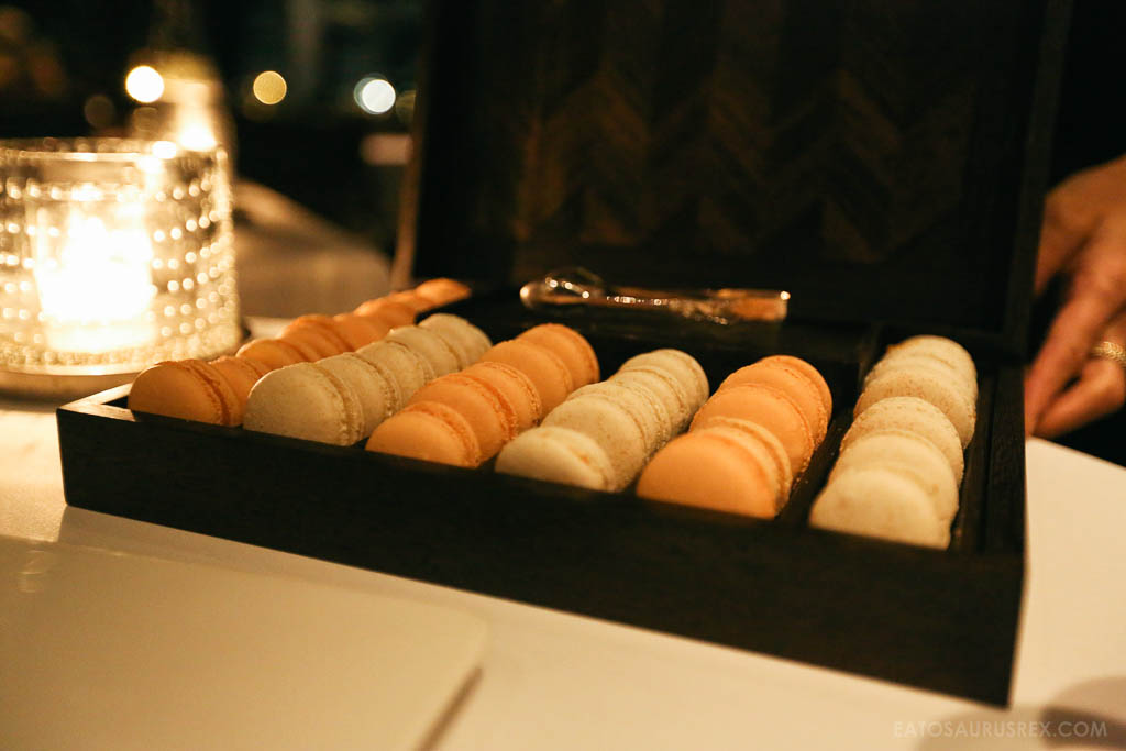 20131025_canlis-seattle_6730_macaroons