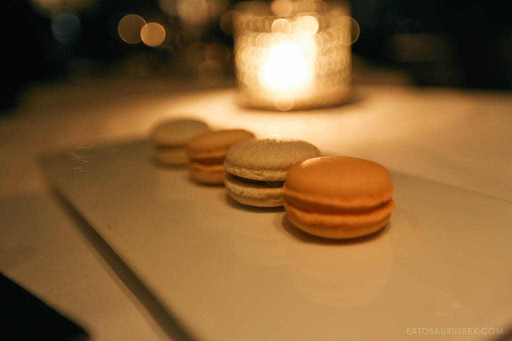 20131025_canlis-seattle_6732_macaroons