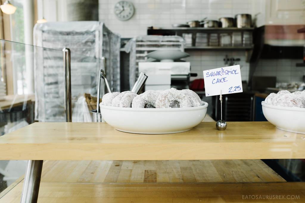 20140811_blue-star-donuts-portland_5851